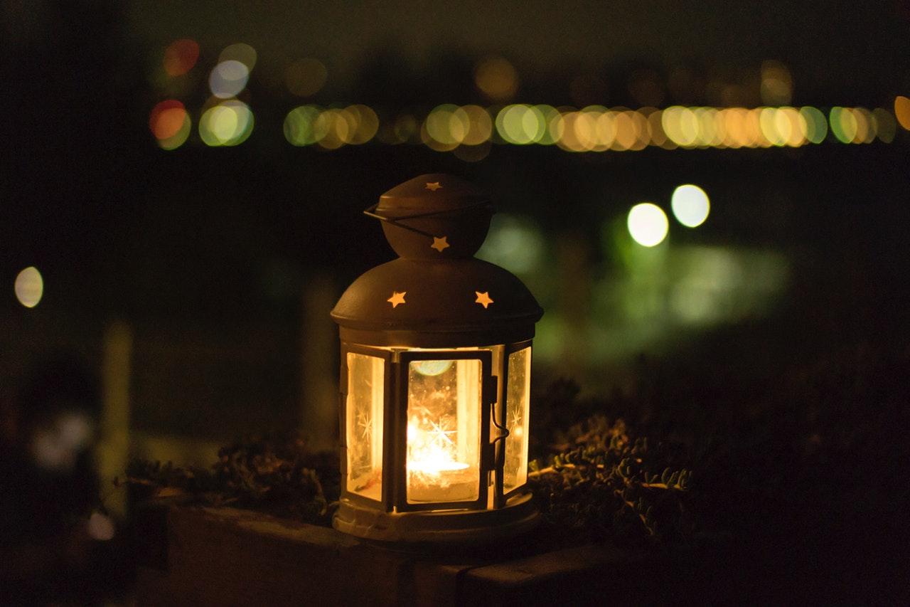 candle-lantern-light-63507